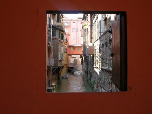 001_finestra su bo 740