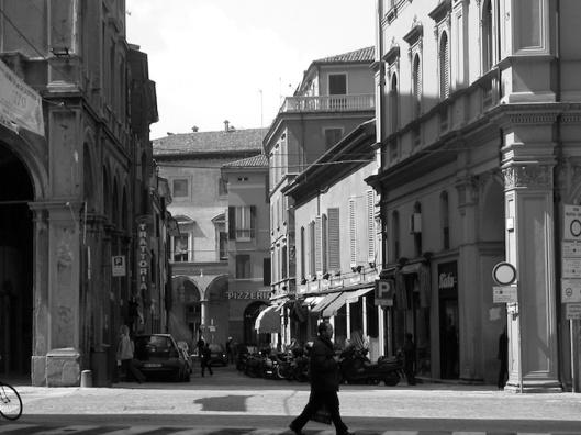 004_bella foto di bologna BN 740