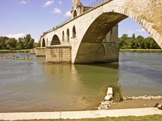 007_le pont d'avignon antique 740