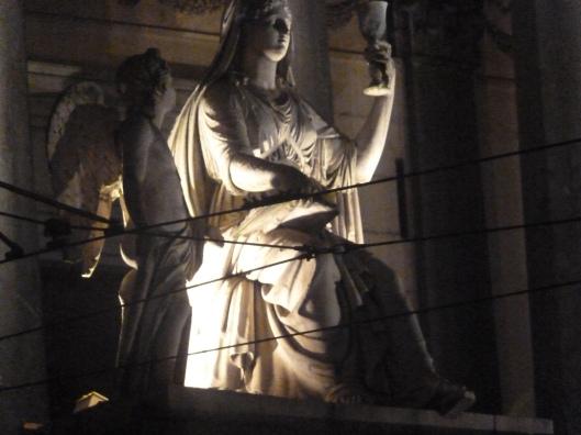 009_statua 180