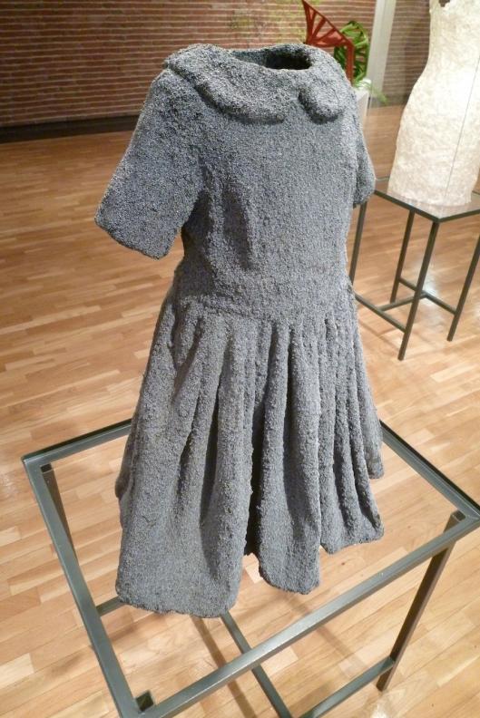 003_vestito grigio 180